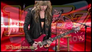 Orianthi - Shreds The Guitar