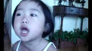 Funny Kids Singing