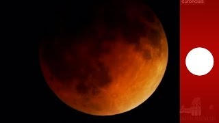 Repeat youtube video 'Blood Moon' timelapse: Total lunar eclipse seen on April 15
