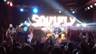 Soulfly - World Scum (Live) Feat. Travis Ryan of Cattle Decapitation