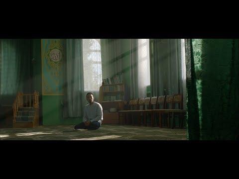 Фильм Мулла. Субтитры на русском, английском, немецком, турецком языке. Можно выбрать в настройках.