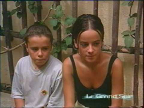 Alizee - Moi... Lolita - Le Grand Soir - Performance & Reportage (September 8th, 2000)