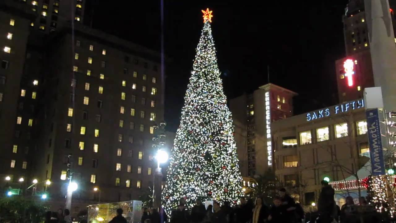 Christmas Tree Union Square San Francisco California 2010 - YouTube