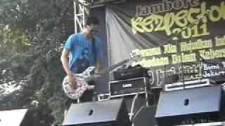 Klinik Musik Bondan Prakoso - Stay on the line @ Jambore Rezpector 2011