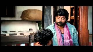 Pannaiyaarum Padminiyum Official Trailer Thumb