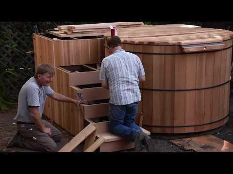 Cedar wood hot tub construction - Sullivan Waterworks