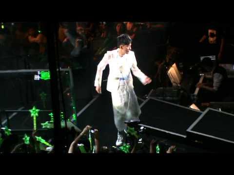 Raymond Lam Light up my LIVE concert 2011 - Broken