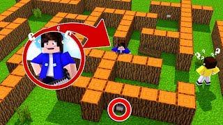 Minecraft: ENCONTRE OS 3 BOTÕES NO LABIRINTO TROLL !!  ‹ DENGOSO ›