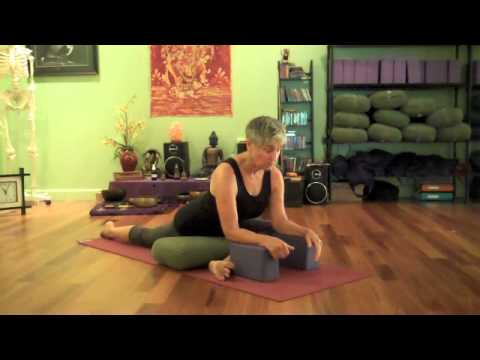 kate stiver demontrates pigeon pose with props  youtube