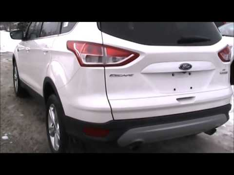 Review of a Ford ESCAPE SE 2014 model