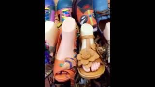 تجارة الأحذية من الصين سوق عالم بويون للأحذية في جوانزو