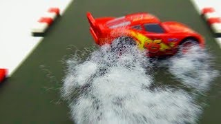 Cars 3 Lightning McQueen Crash Scene Remake.Stop Motion Animation.Cars Toy Movie For Kids