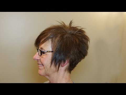 Short Womens Haircut on Curly Hair Tutorial // Short Hairstyles