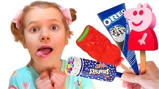 Katy finja jugar a vender helados y quiera nuevos carritos de helados