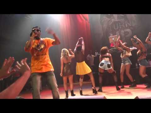 Juicy J-Bands A Make Her Dance Live