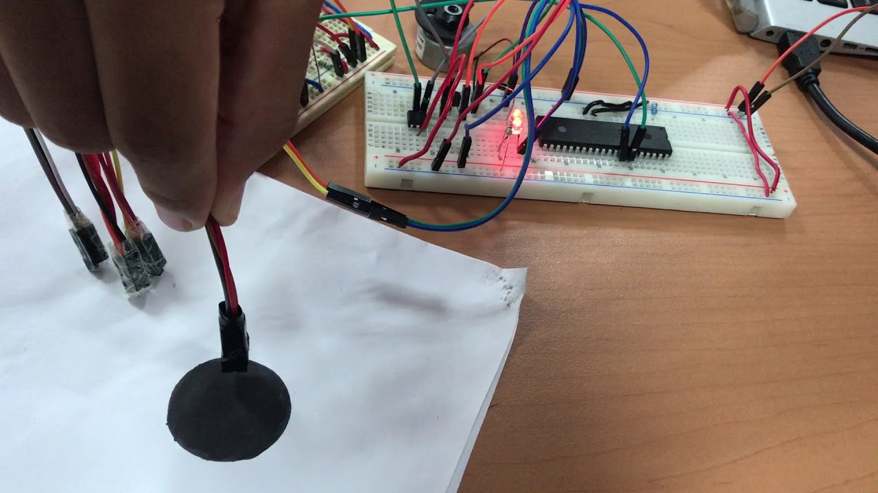 Circuito Emisor Receptor : El circuito de la comunicación docx