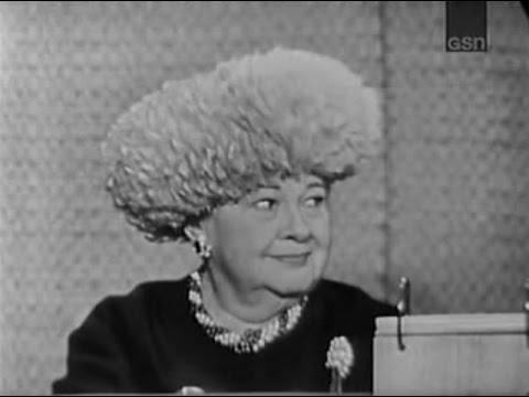 What's My Line? - Sophie Tucker; Peter Cook [panel] (Dec 8, 1963)