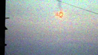 РОВЕНЬКИ Луганская область 22.07.2014 год. время 20:50 или 20:55(сть 22.07.2014 год. Украинский самолёт выпустил эту хрень!!! 20:50 приблизительное время., 2014-07-22T21:02:45.000Z)