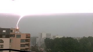 50 meters lightning strike near Paris june 2013 / Terrible Eclair Foudre Orage juin France Storm