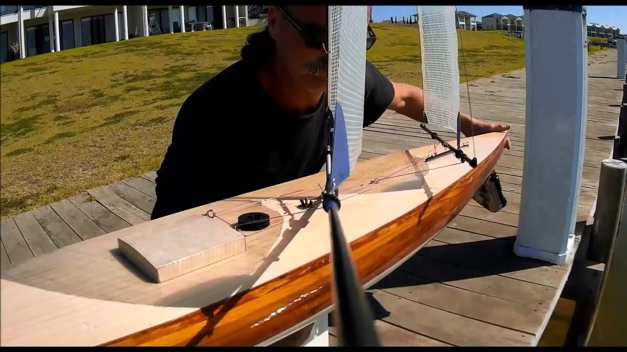 Sailing The 10 Rater Rc Yacht YouTube