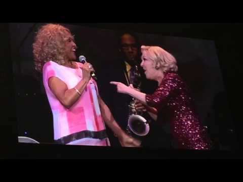 Bette Midler & Darlene Love - He's Sure the Boy I Love/Da Doo Ron Ron mp3