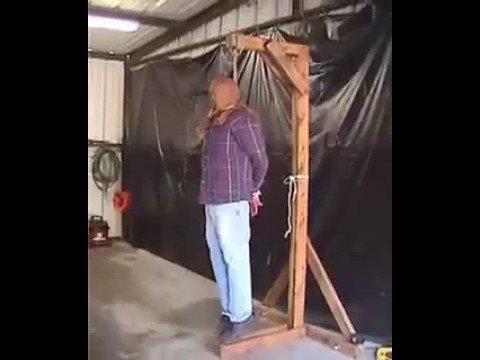 how to make a cauldron prop