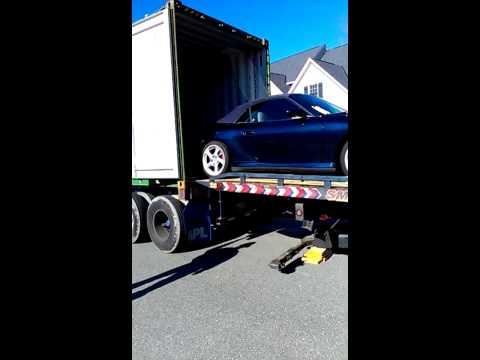 Blue Horizon Shipping Inc- Loading a car