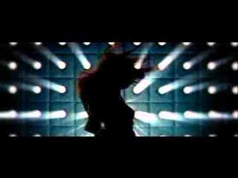 Tyra Banks Shake your body