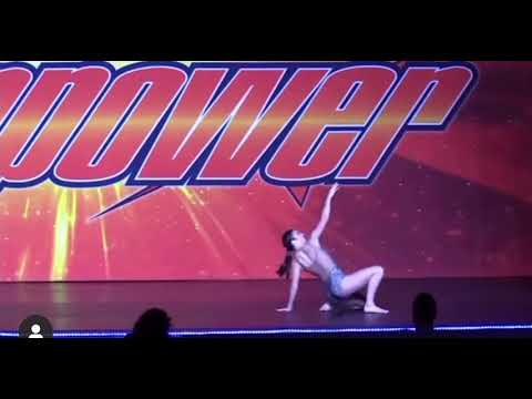 Charlie damelio dancing solo - YouTube