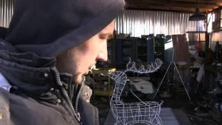 Олени новогодние из проволоки и светодиодов(Приветствую Вас на моем канале AWTOMASTER. На нем Вы можете увидеть много полезного видео как по ремонту автомоб..., 2014-11-21T14:06:09.000Z)