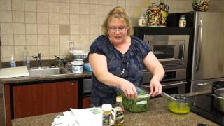 Recipe: Spinach Salad with Lemon Pepper Dressing