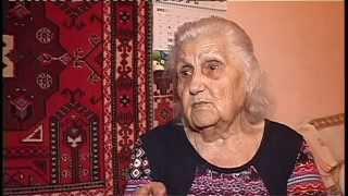 Ксения Петченко принимает поздравления по поводу вручения юбилейной медали к 70-летию Победы