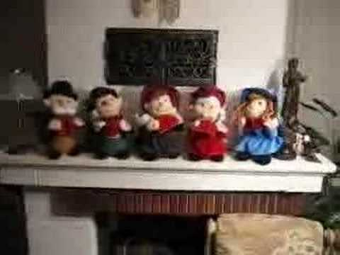 Singing Christmas Dolls We Wish You A Merry Christmas