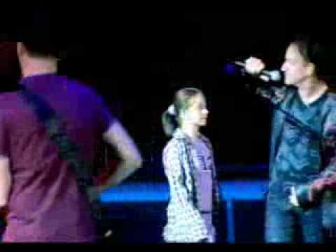 U2 Mysterious Ways - Slane Castle - 01-09-2001