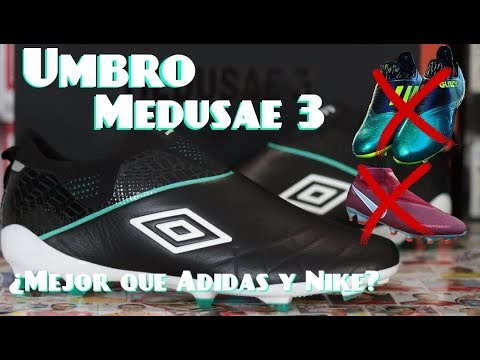 5a07b0150a55a Umbro MEDUSAE 3 Elite   Leather - Laceless   Unboxing + Review - YouTube