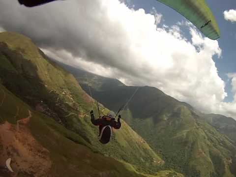Parapente Venezuela, Placivel, Video  Chase cam en turbolencias