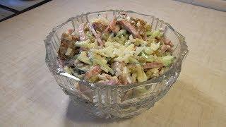 Салат с сухариками и свежим огурцом