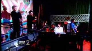 Mika - Billy Brown Live at BBC