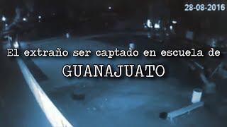Algo extraño es grabado en escuela de GUANAJUATO MÉXICO