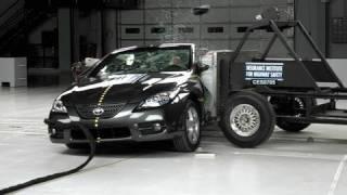 2007 Toyota Camry Solara side IIHS crash test
