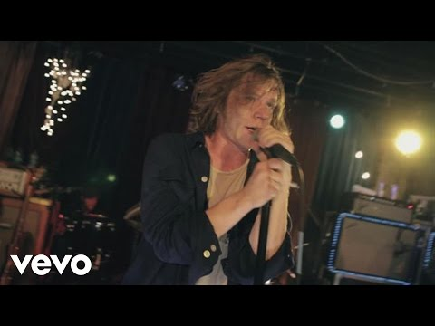 Cage The Elephant - In One Ear (Live From The Basement At Grimey's)