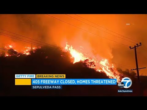 RAW: Brush fire erupts in Sepulveda Pass, threatens homes I ABC7
