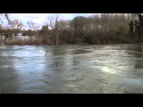 Flooding, River Thames, Sonning 13 February 2014 part 4