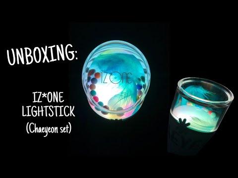 unboxing-|-iz*one-lightstick-(chaeyeon-set)