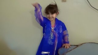 BOLLYWOOD DANCING BABY!