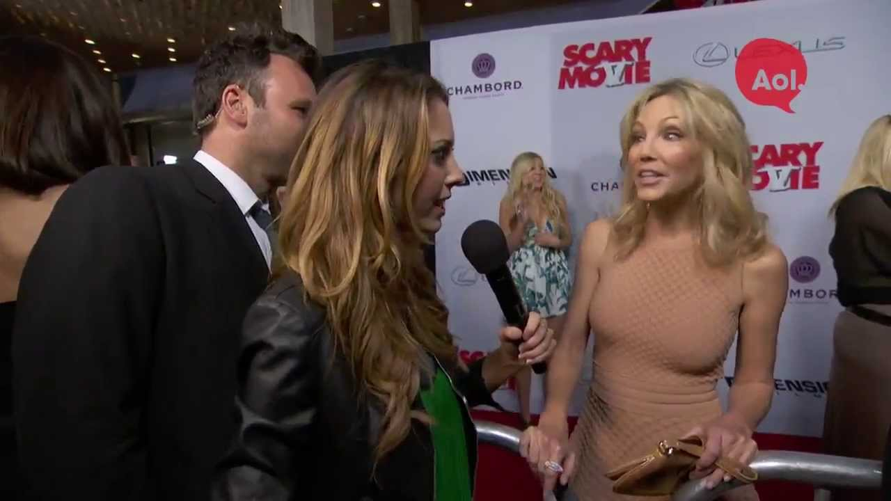 Heather Locklear At The Scary Movie 5 Premiere Youtube