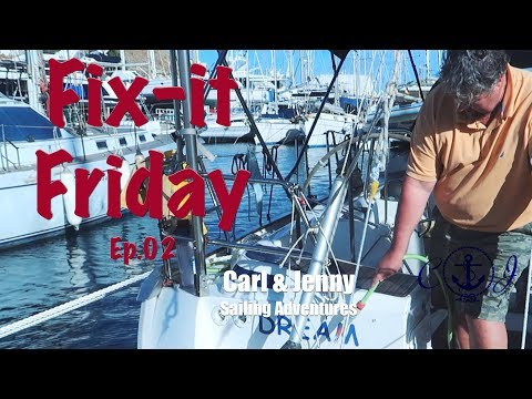 Fix it Friday - The boat gets a clean - Carl and Jenny