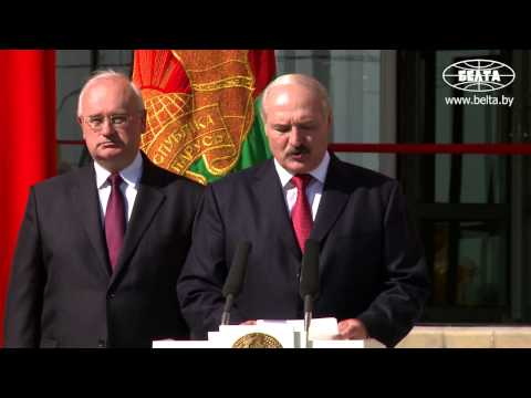 Школа призвана быть зоной безопасности и здоровья - Лукашенко