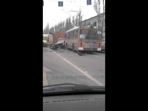 Авария в Воронеже на Ленинском проспекте