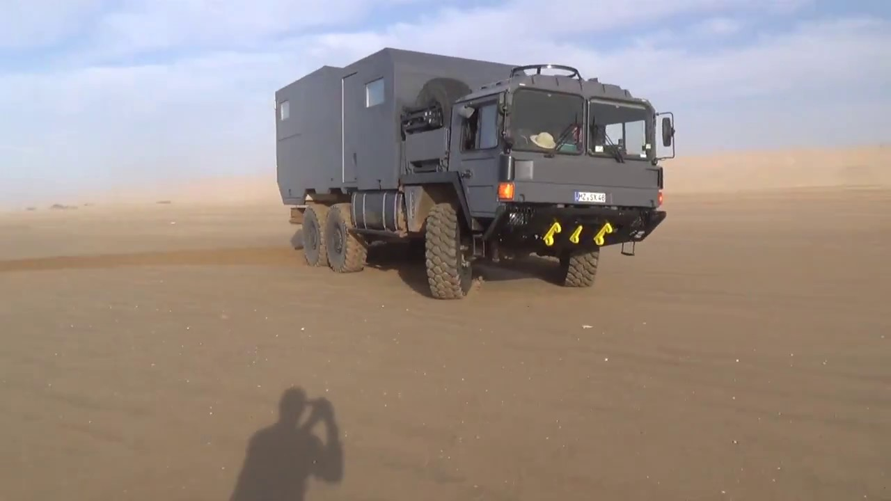 man 6x6 kat truck getting crazy on the beach difting. Black Bedroom Furniture Sets. Home Design Ideas